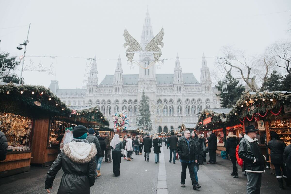 Awesome Destinations for Spending Christmas | Land Of The Traveler