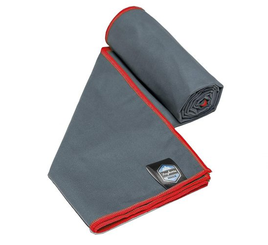 5. Youphoria Outdoors Quick Dry Travel Towel
