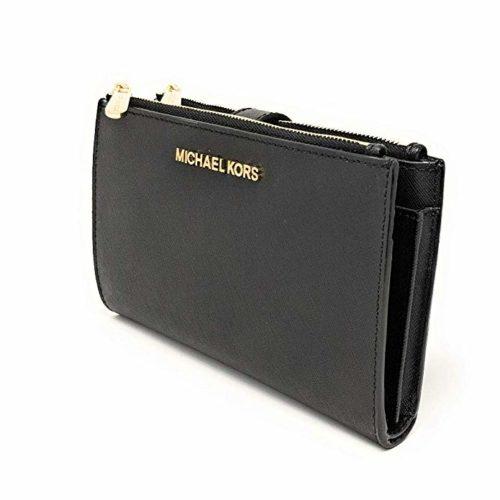 8. Michael Kors Women's Jet Set Travel Wristlet